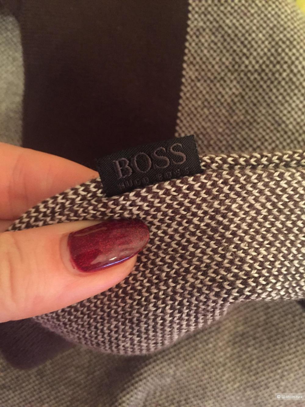 Джемпер Hugo Boss. 54 размер XL