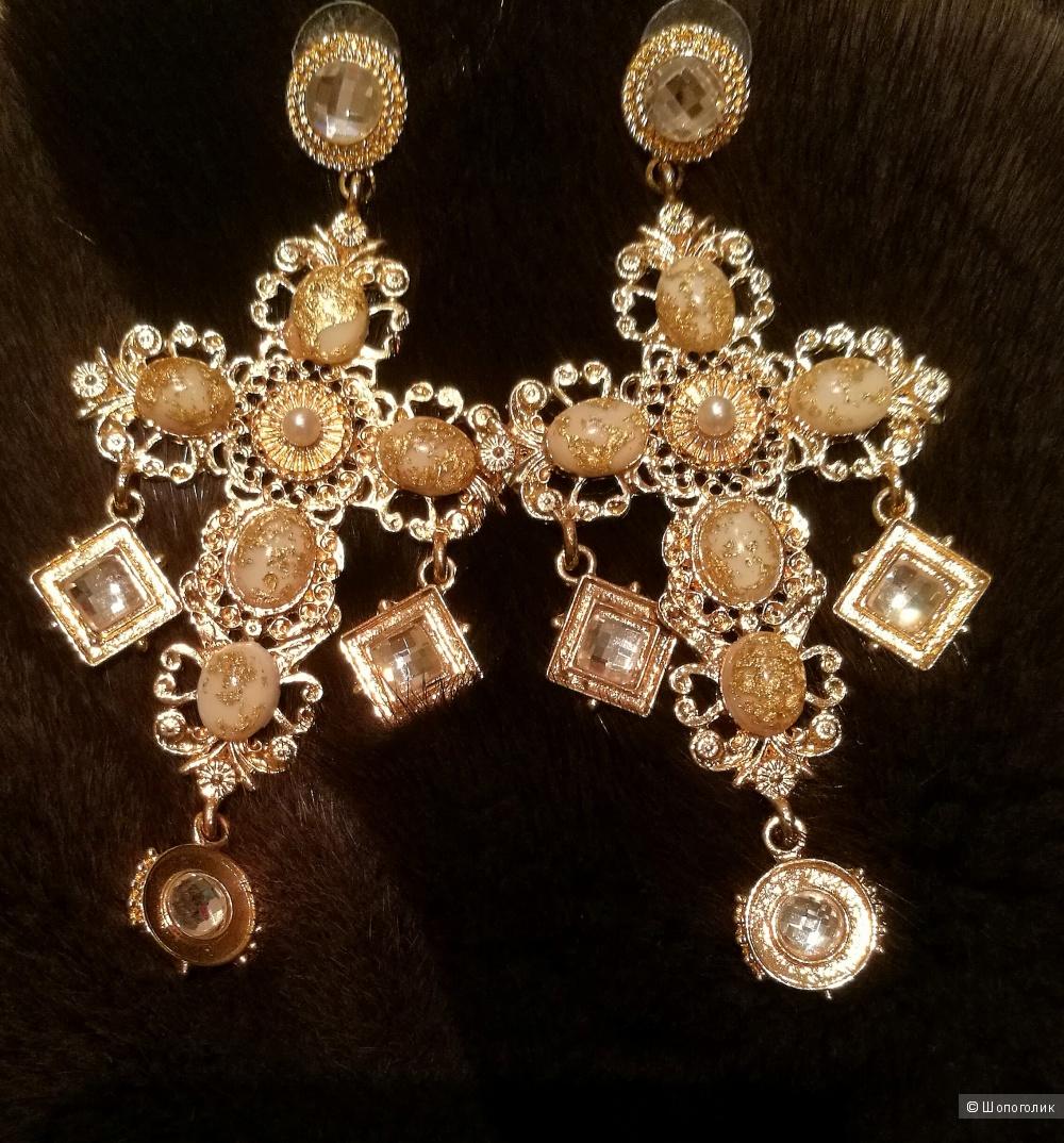 Dolce&Gabbana. Серьги. Бижутерия.