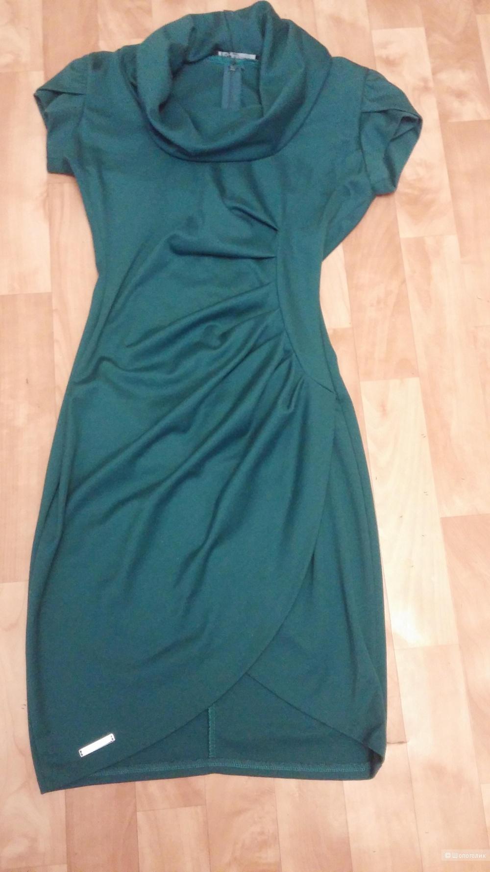 Платье Rinascimento на 42-44 размер