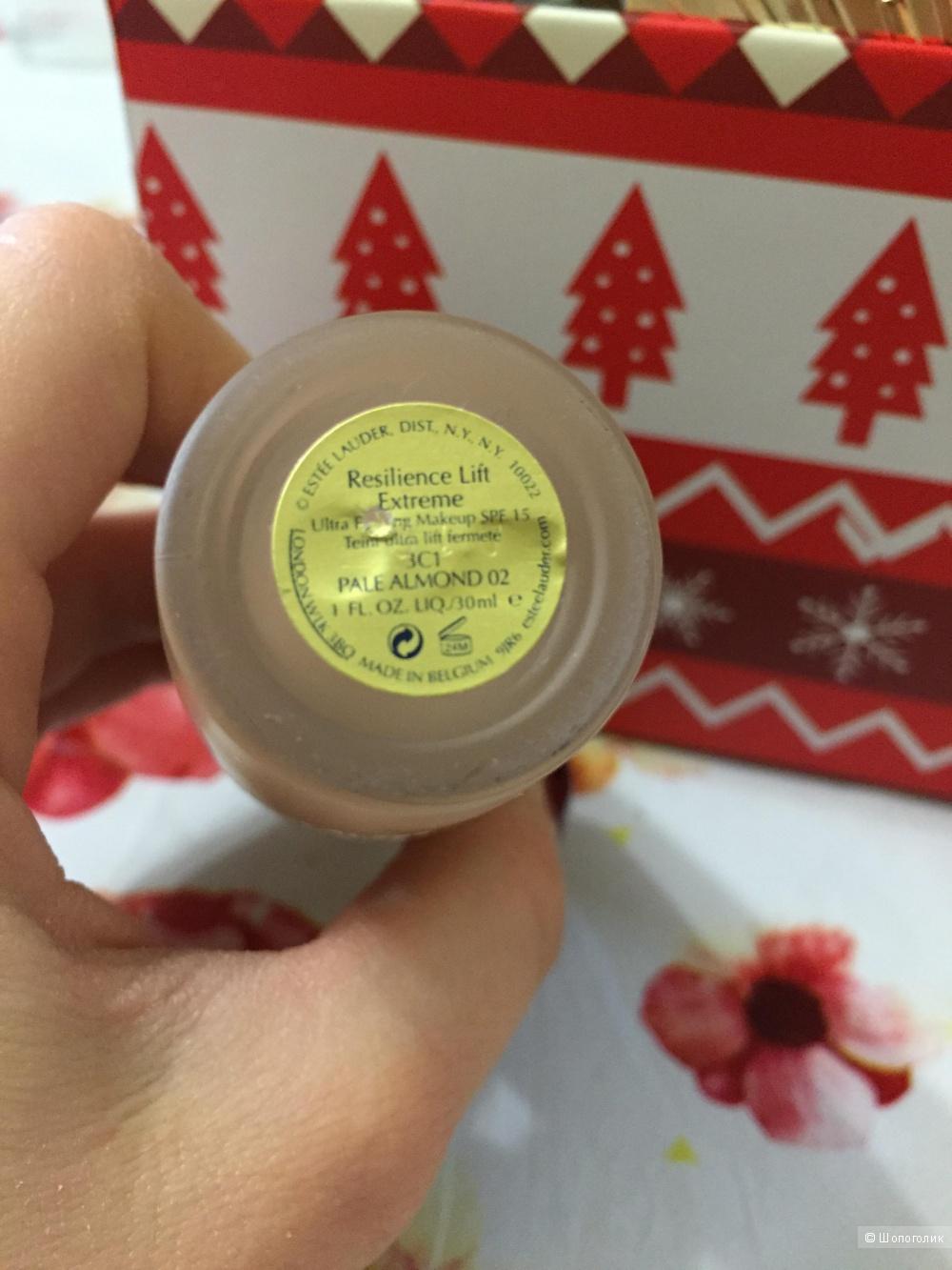 Разглаживающая тональная крем-пудра Estée Lauder,30 ml
