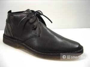 Замшевые ботинки Clarks, 7.5 на 41 российский.