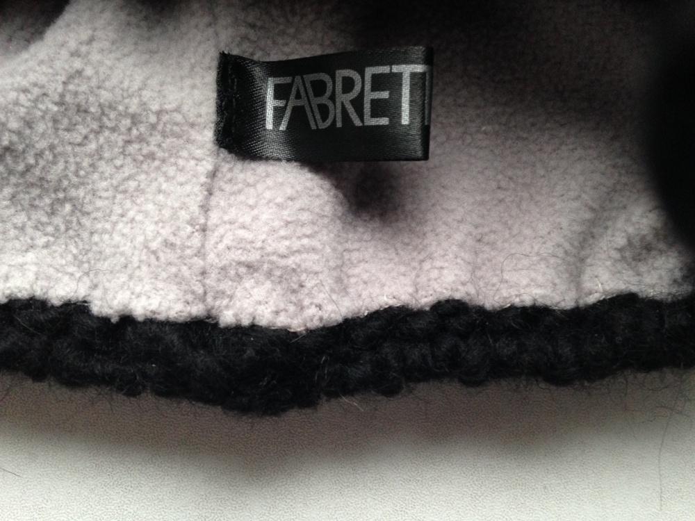 """Шапка """"FABRETTI """", универсальный размер."""