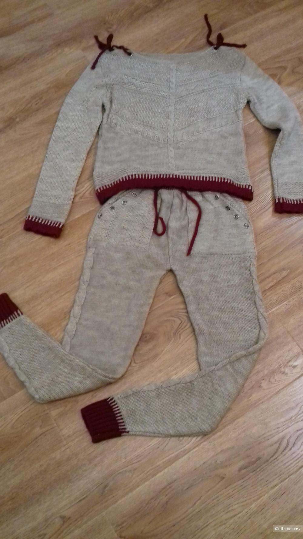 Вязаный костюм, размер 40 - 42 - 44