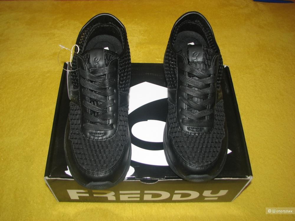 Кроссовки FREDDY, размер 41