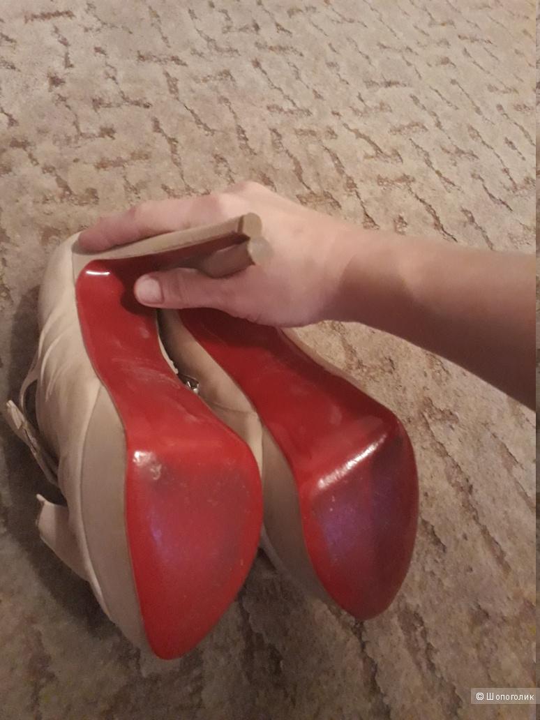 "Ботильоны Christian Louboutin ""Madame Butterfly"" 36-37 размер"