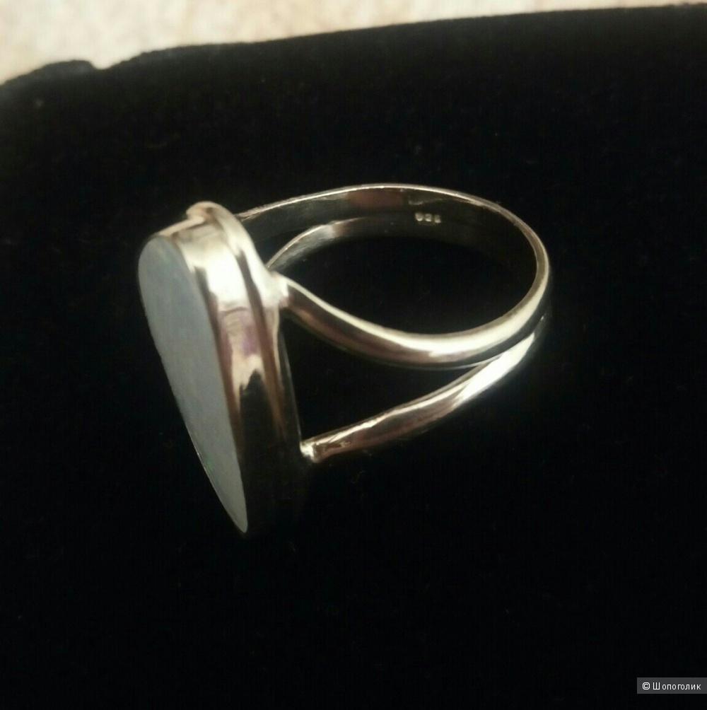 Серебряное кольцо, р.19
