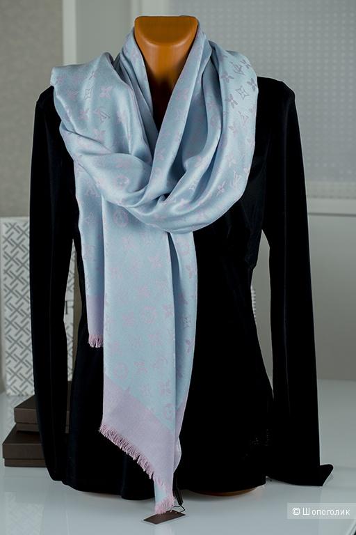 Палантин Louis Vuitton, размер 70 * 180 см.