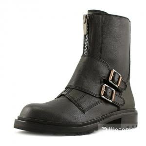 Calvin Klein ботинки женские  размер 9 us