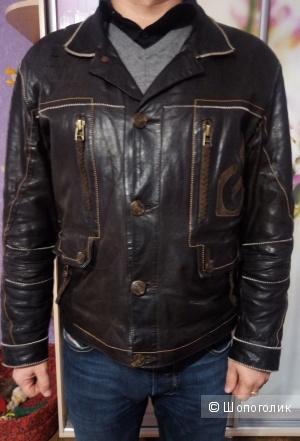 Куртка Gianfranco Ferré , 50-52р