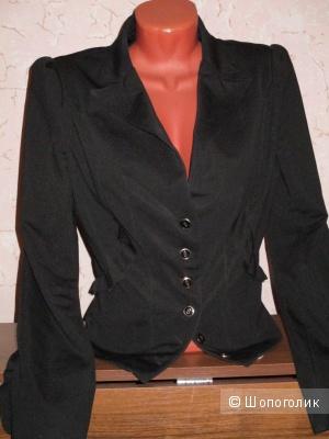 Жакет деловой 42-44  размер zolla