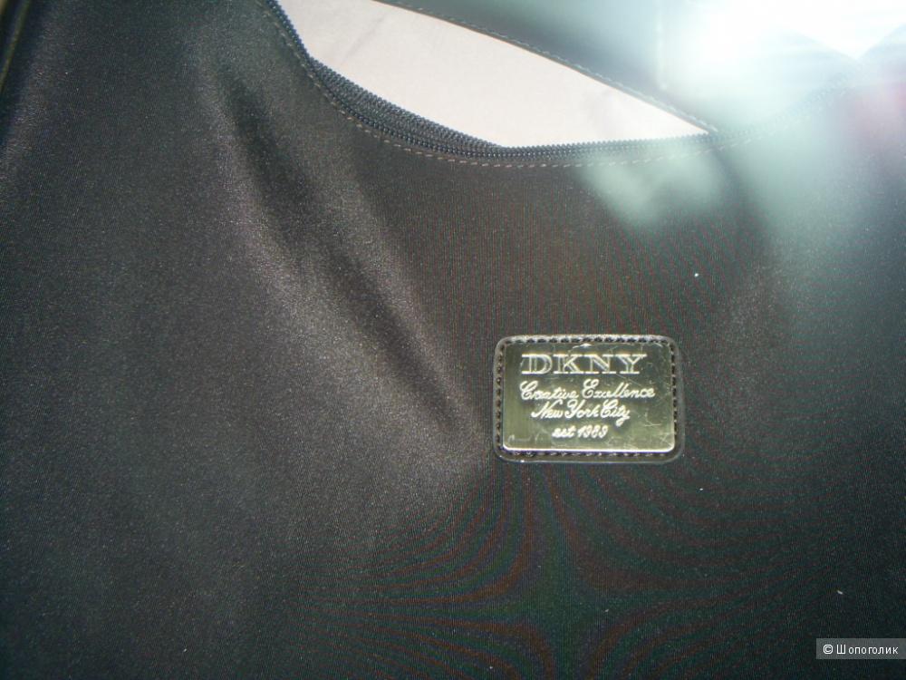 Сумка  от DKNY.