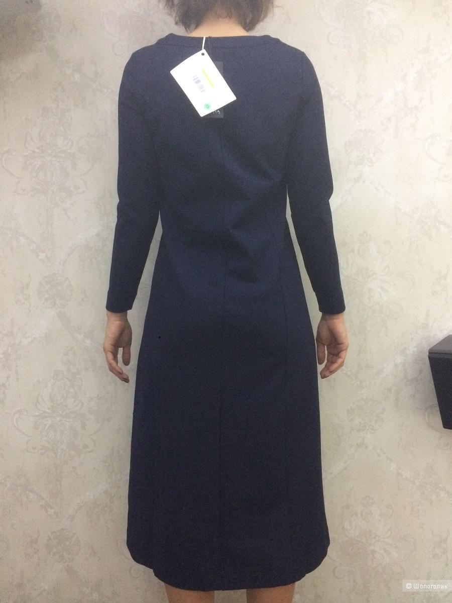 Трикотажное платье Alpha Studio р-р 42ит (наш 44)