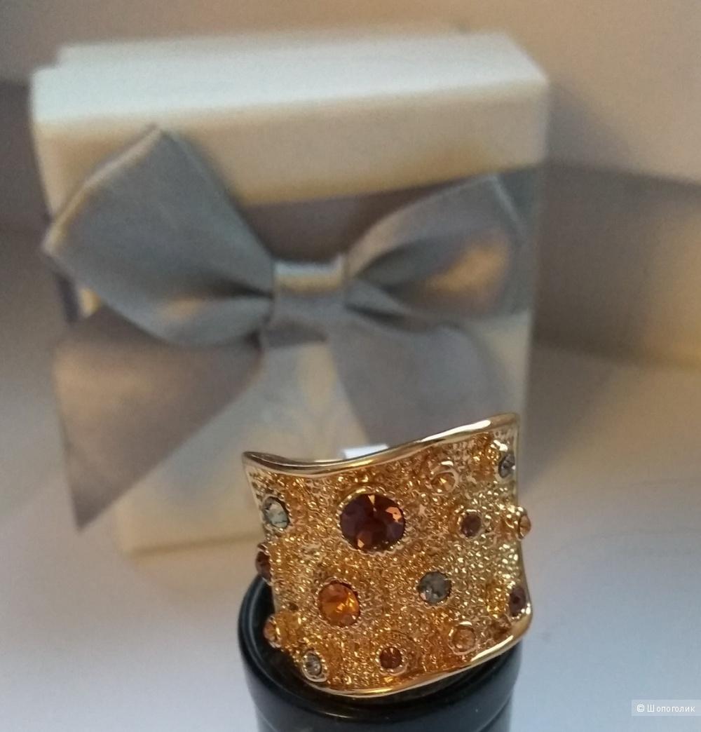 Коктейльное кольцо от Viennois, наш размер 17-18, US 7