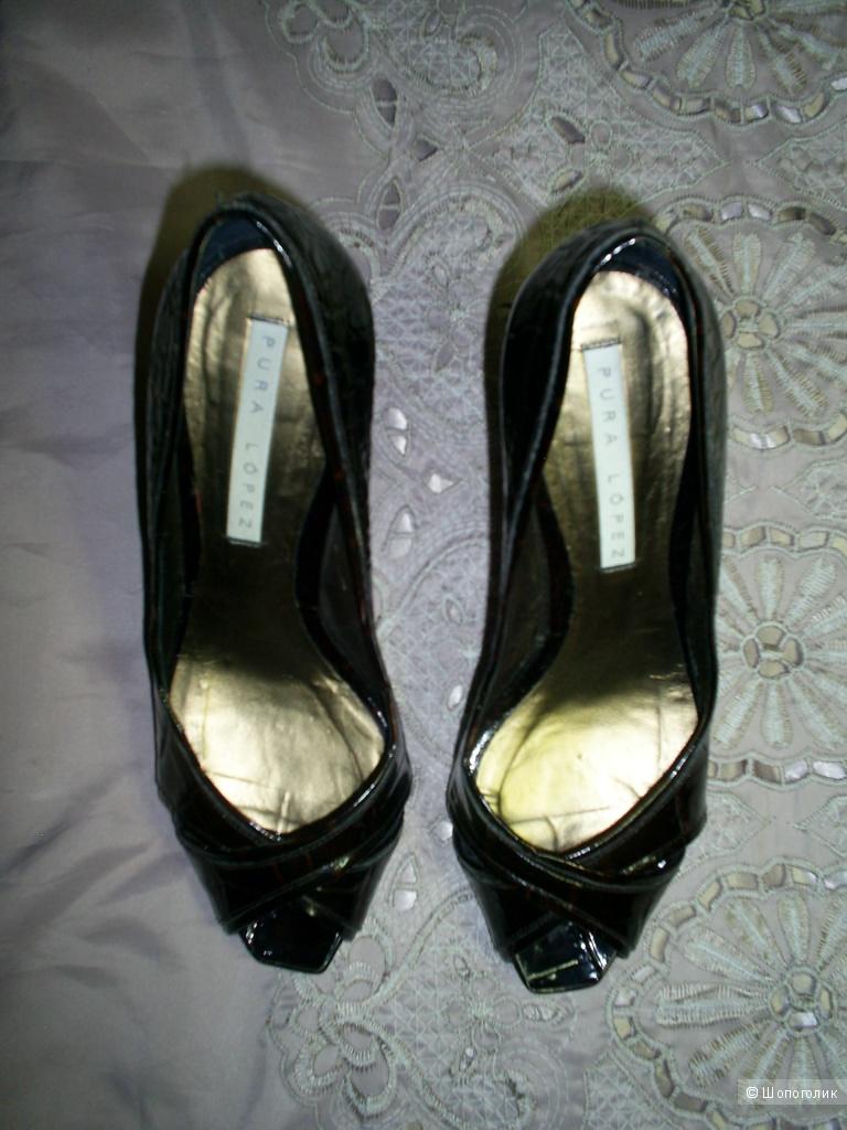 Туфли от Pura Lopez р 40.