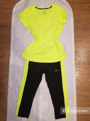 Костюм  для фитнеса Nike 46-48 размер