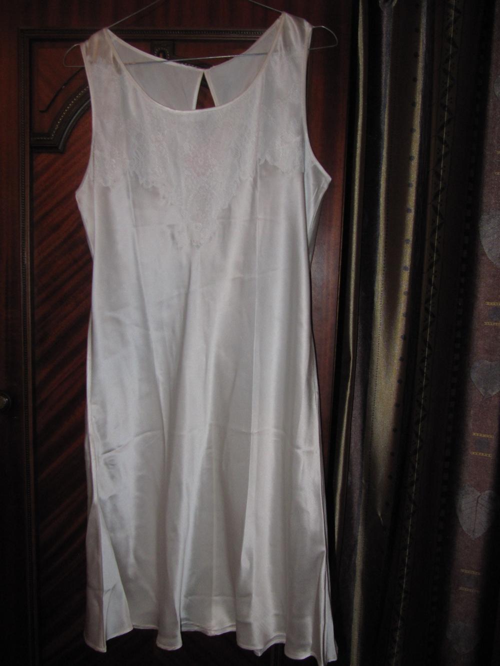 Шёлковая сорочка Oryades 48 размера