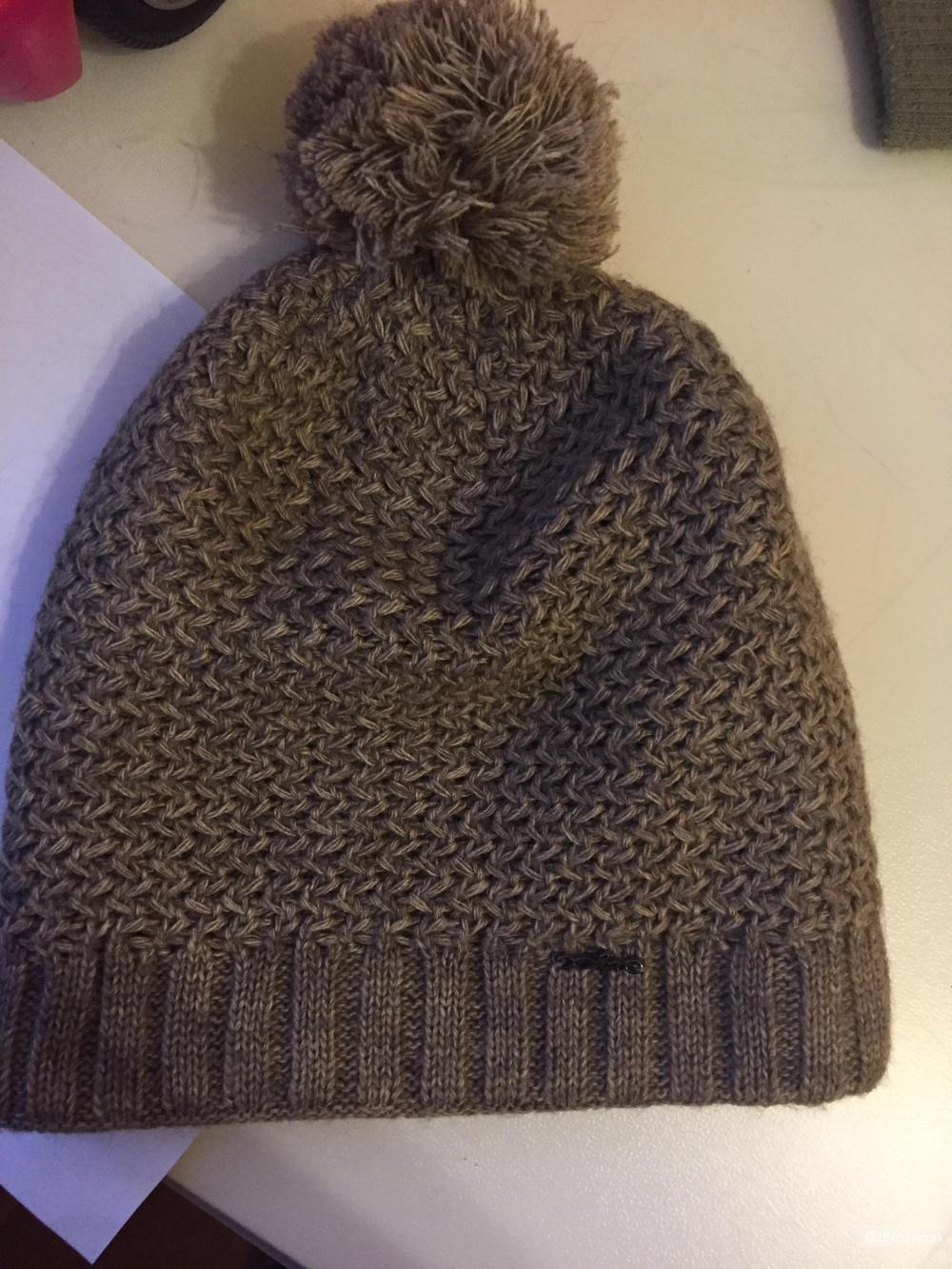 Шерстяная шапка Static