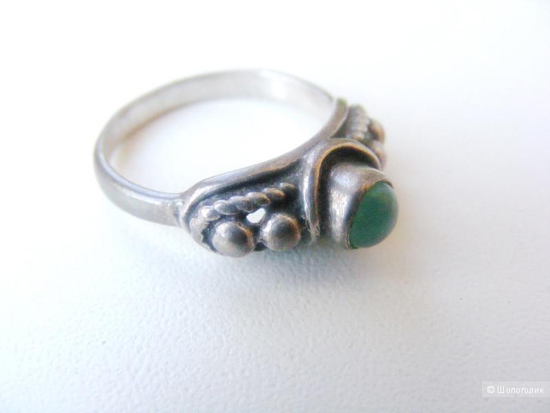 Кольцо хризопраз серебро 925 размер 17