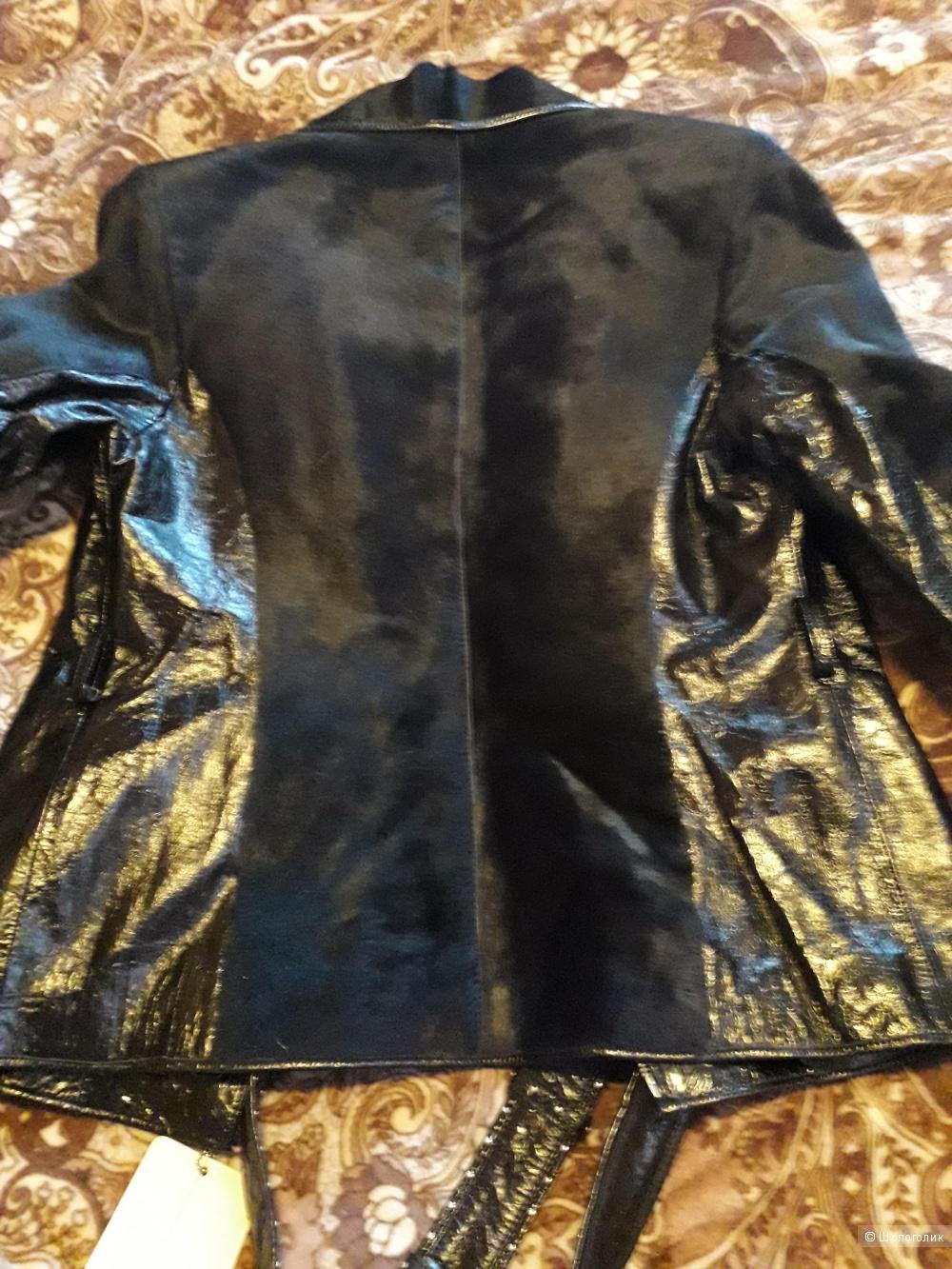 Куртка женская S.danlu, L