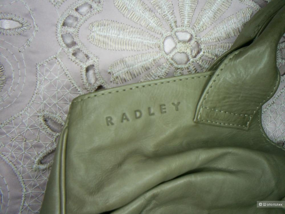 Сумочка от Radley.