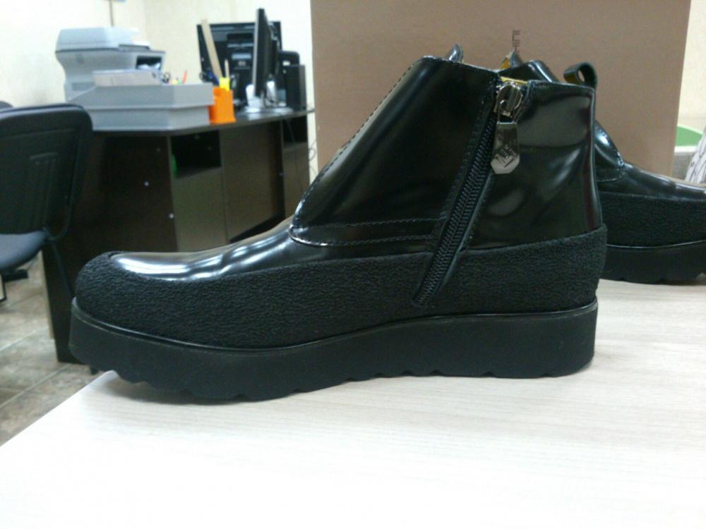 Ботинки LEONARDO IACHINI. Размер: EU 36 (23,7 см).