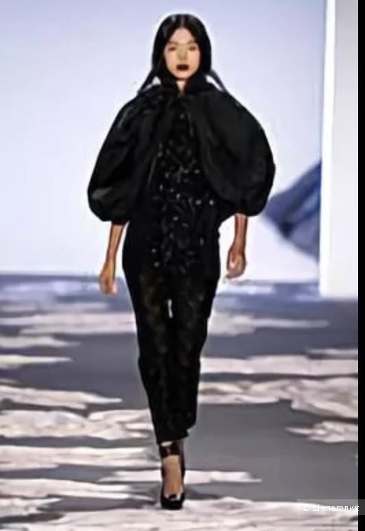 Куртка Vera Wang, размер L.