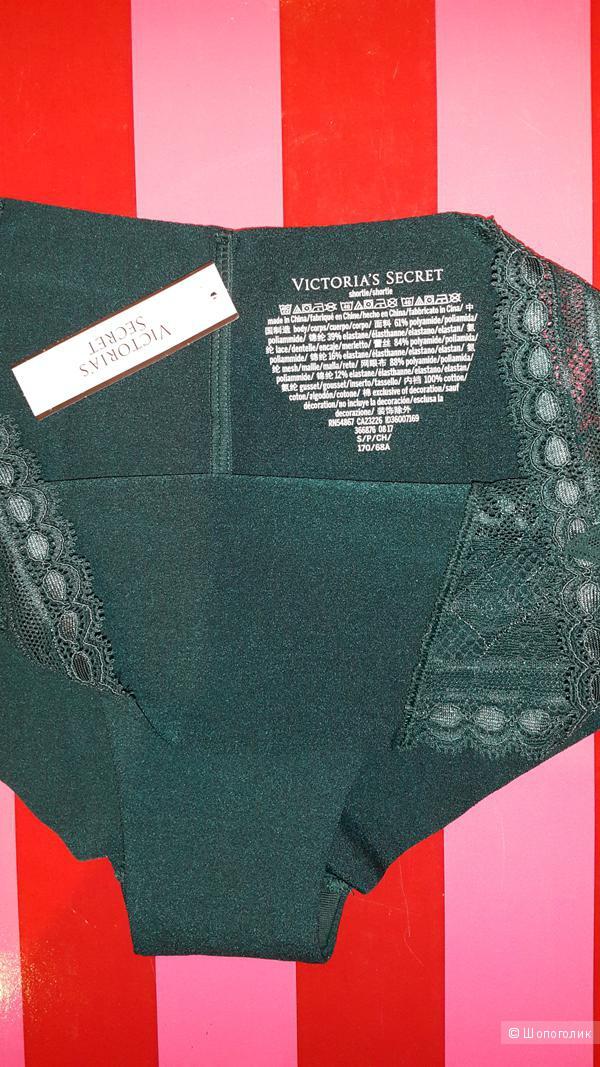 Набор из трех трусиков Виктория Сикрет размер С