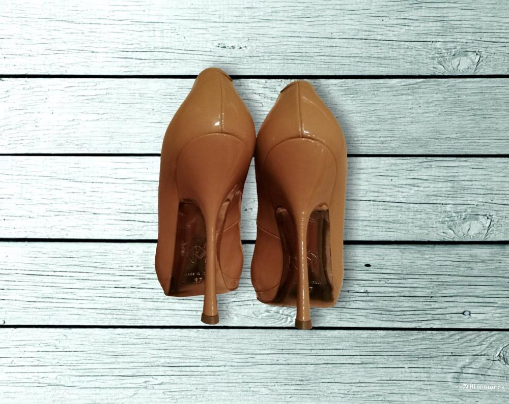 Nando Muzi. Туфли лодочки. 37