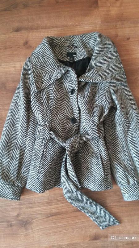 Демисезонное пальто. H&M. 44-46(38).