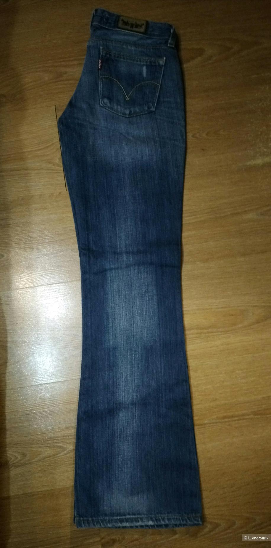 Джинсы Levi's модель 572 bootcut , W28 L32