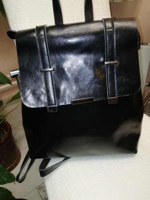 Кожаный рюкзак-сумка, размер 35х32