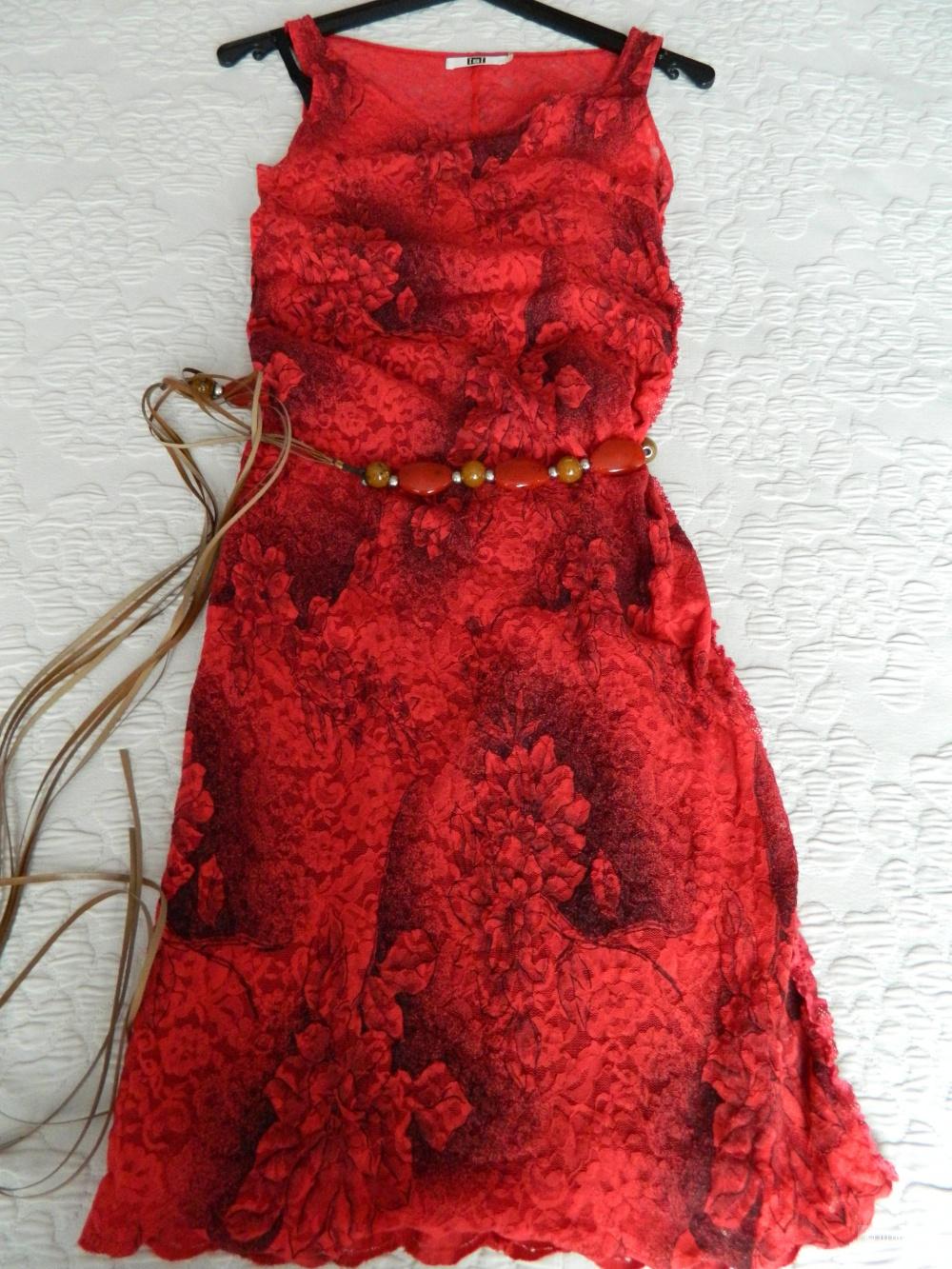 Кружевное платье Isi, размер S