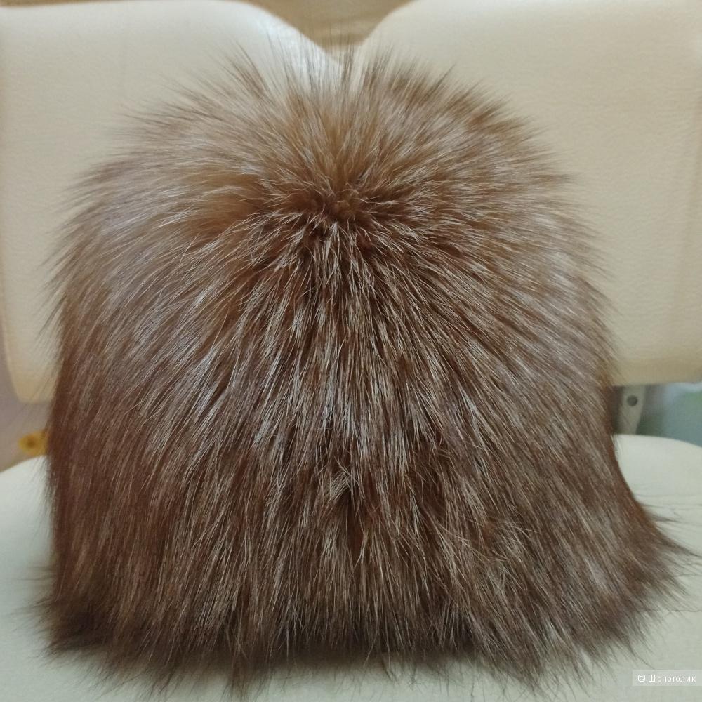 Шапка из меха лисы, р. 56-58, меховая фабрика SeMi fur
