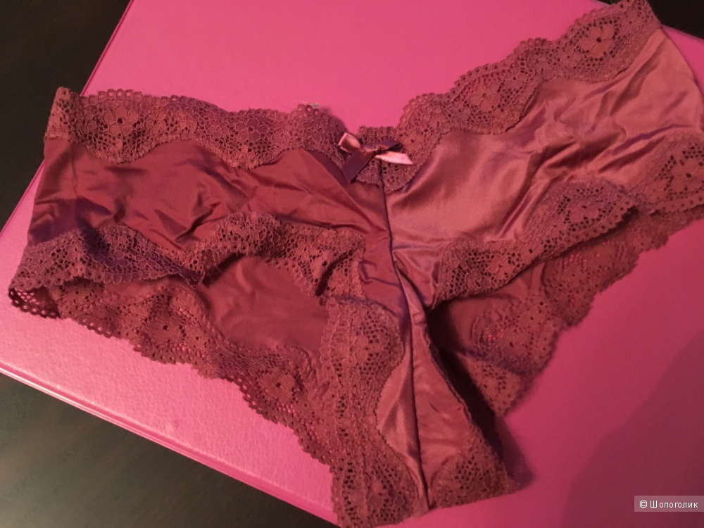 Трусики Victoria's Secret  Very Sexy Lace-Trim Cheeky Panty, размер XS (сет из 3 штук)