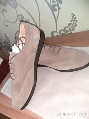 Туфли женские Salvatore Ferragamo US 10,5