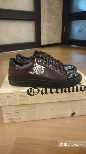 Кожаные кроссовки John Galliano. Р.39.