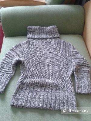 Теплый свитер 44-48 р-р.