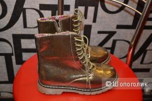 Ботинки для девочки р.35, 21,5 см стелька