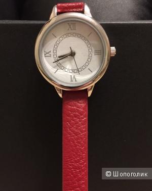 Часы женские Луч