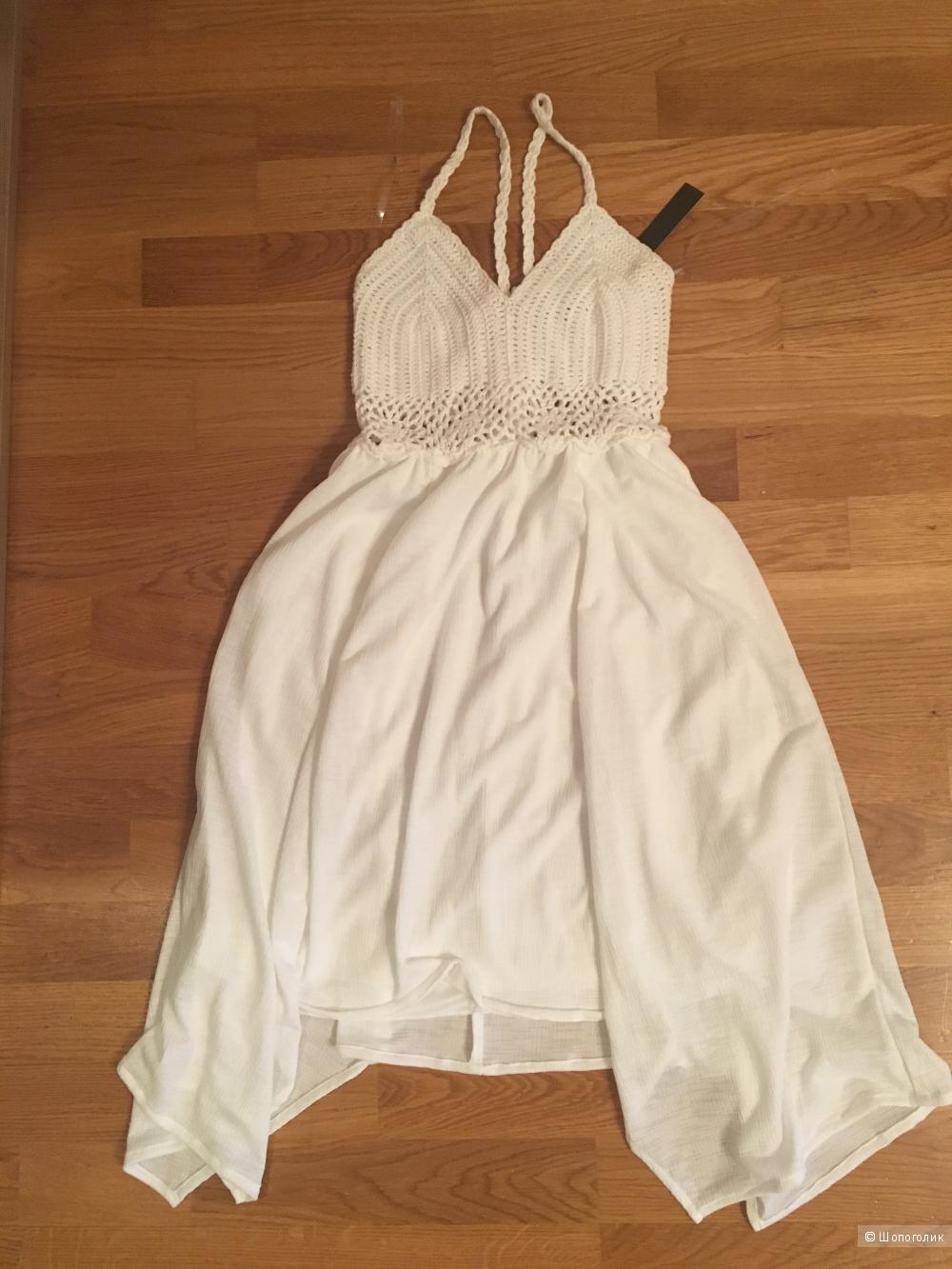 Платье speechless xs