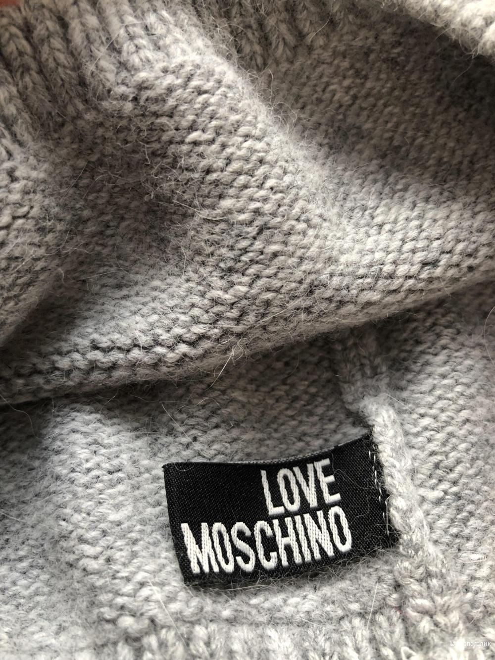 Шапка Moschino