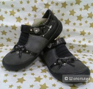 Туфли для девочки .27 размер .DPAM