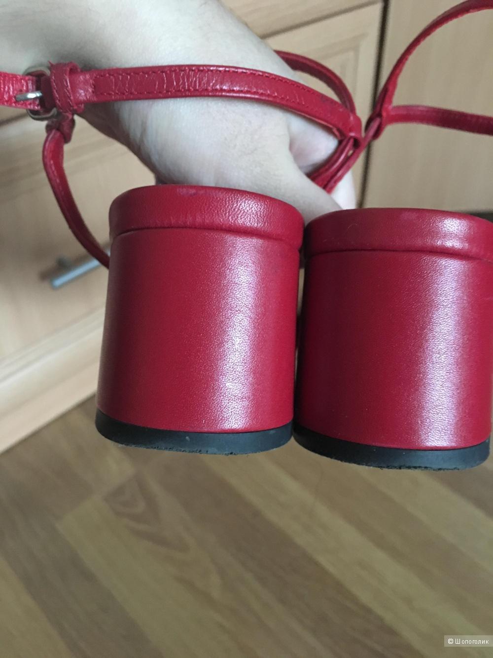 Туфли Uterque размер 37 (EU)