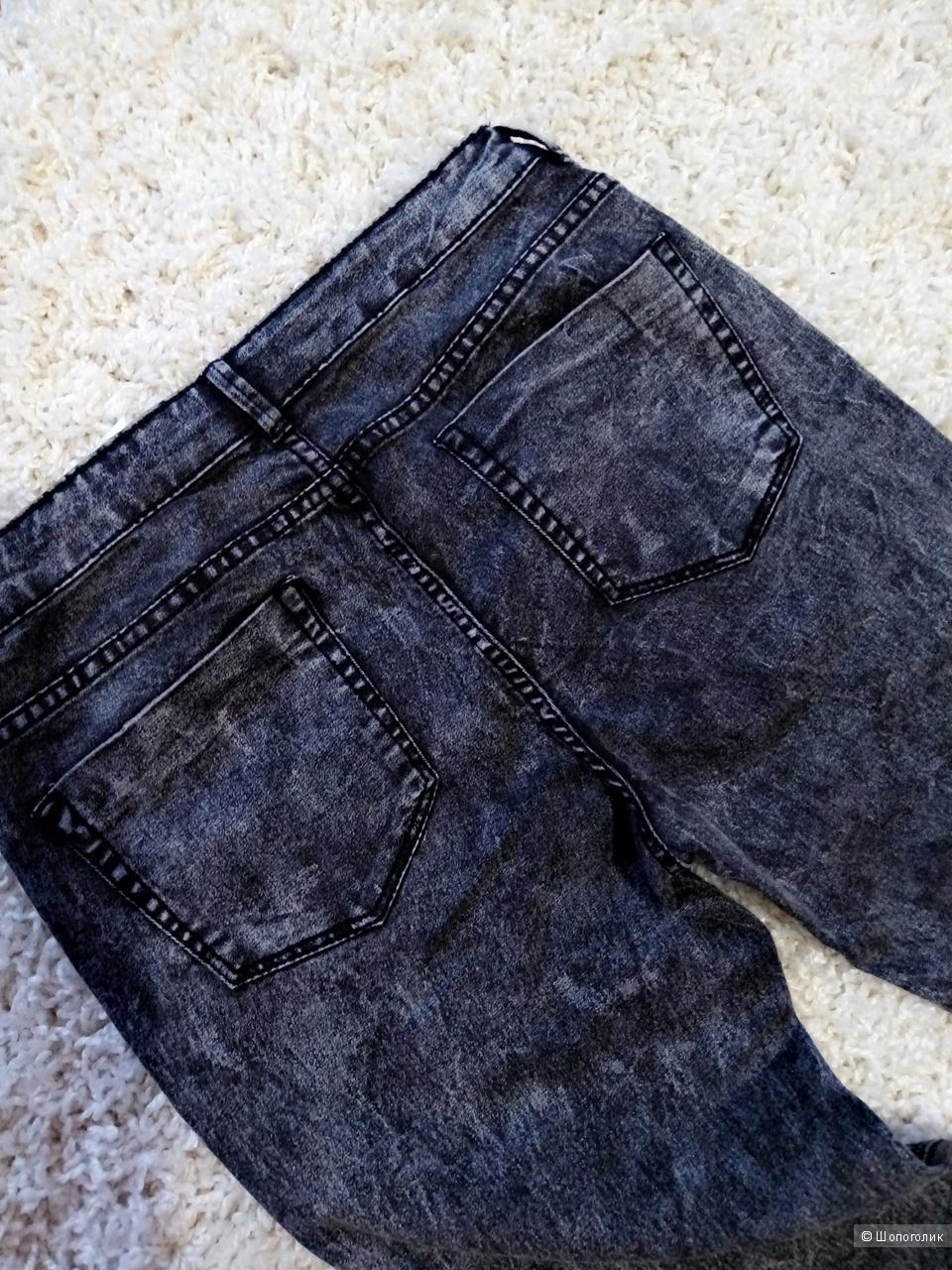 Джинсы Zara trafaluc 44-46 размер