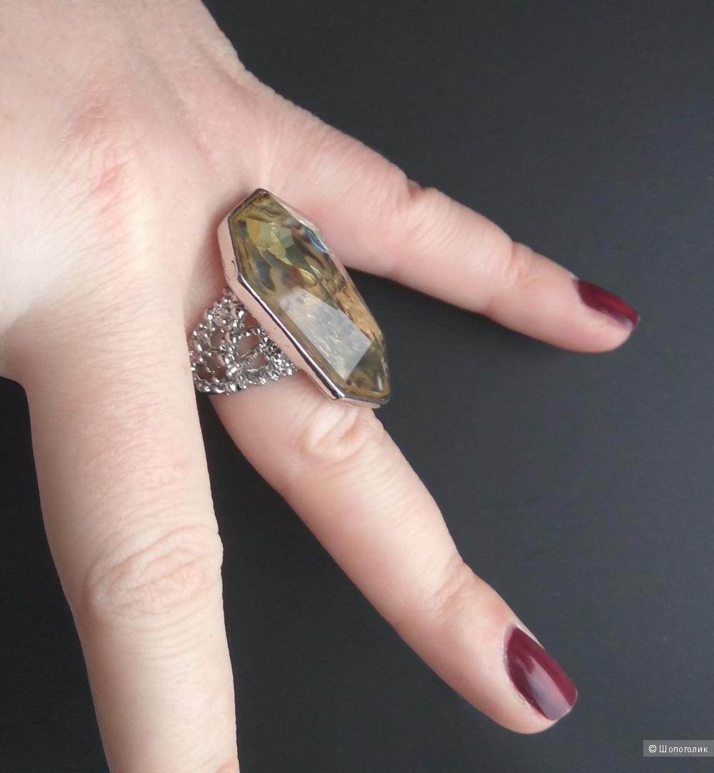 Кольцо, размер 18-19