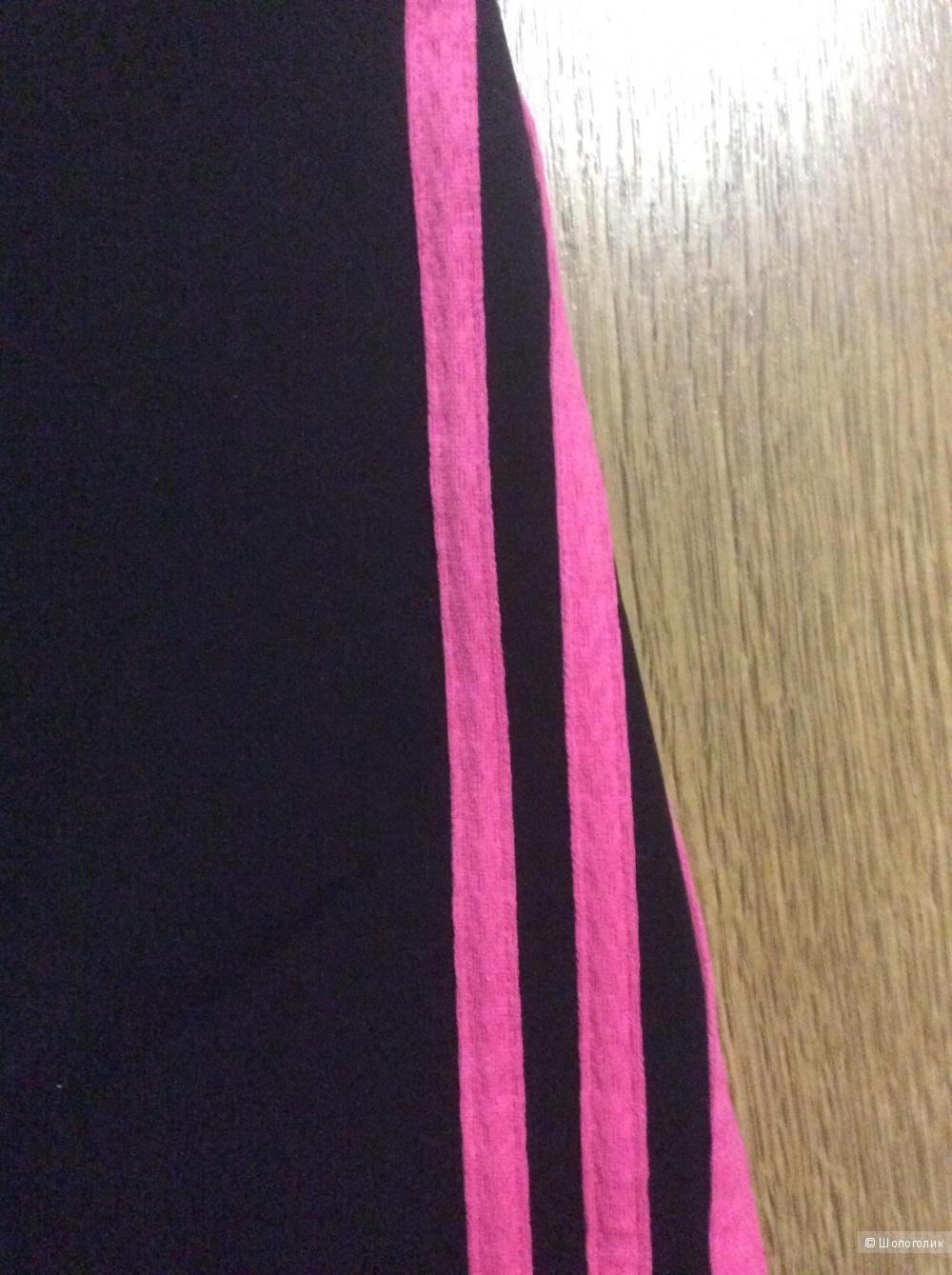 Спортивные бриджи Adidas размер s