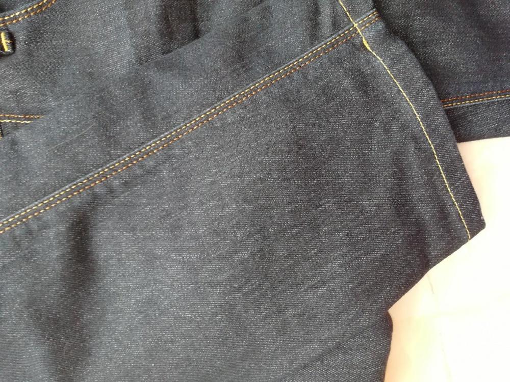 565d1540a503 Armani jeans джинсы 42-44, в магазине Другой магазин — на Шопоголик