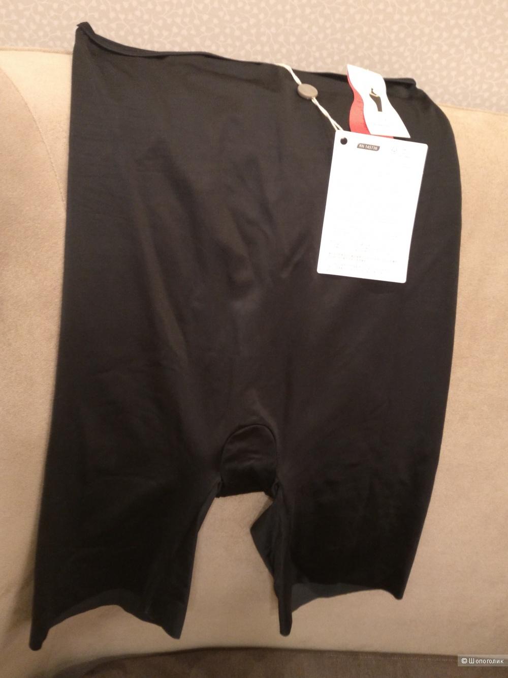 Трусы-шортики SPANX  50 (Российский размер)  дизайнер:16 (UK)