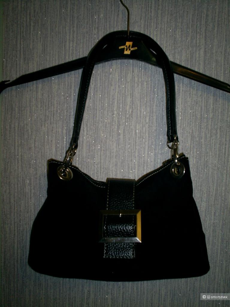 Замшевая сумочка.