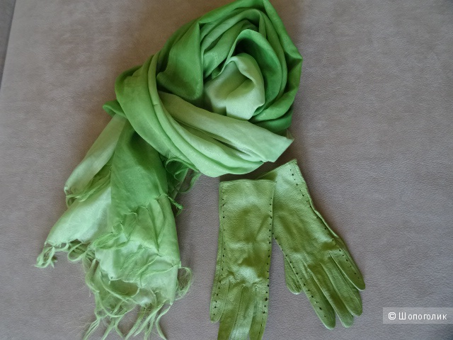 "Сет из перчаток ""Edmins"", размер 7,5  и палантина"